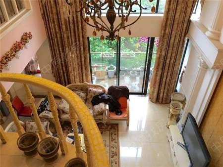 雍锦湾-客厅